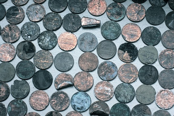 20090328_pennies_0010fb1