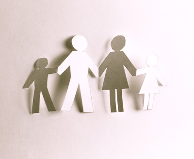 paper-doll-family
